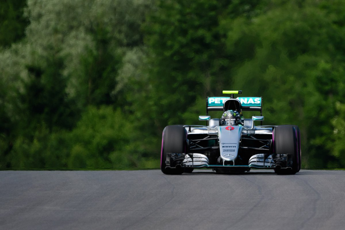 In Austria, Hamilton in pole solo nona posizione per Vettel