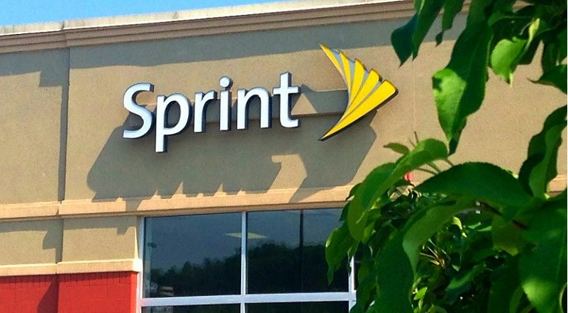 Sprint Offers Free Samsung Tablet with Smartphone Purchase https://t.co/3ckaa5yLTY https://t.co/EihbYRN272