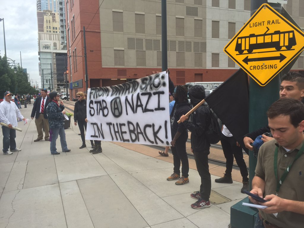 Occupy Denver protesters have shown up outside the convention Ctr. #Trump #westernconservativevsummit https://t.co/NcNojQhRnQ