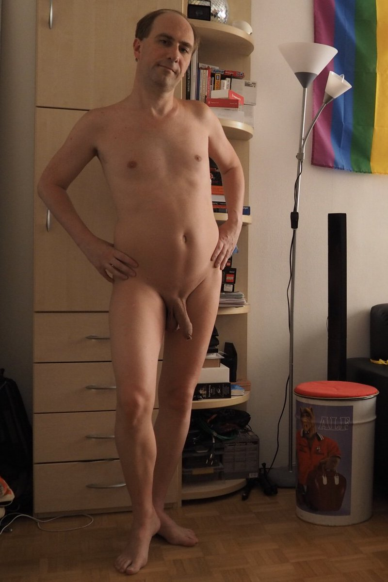 Zuhause nackt Lea nackt