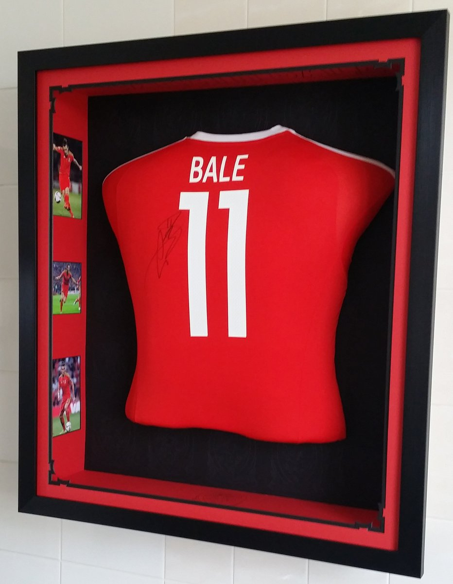 Framing wales on twitter for sale framed torso gareth bale match framing wales on twitter for sale framed torso gareth bale match worn signed shirt framingwales follow on blogspot httpstqeldyirlr9 jeuxipadfo Gallery
