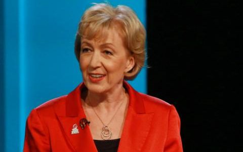 Andrea Leadsom is the woman to lead Britain out of the EU and towards a bright future https://t.co/eHhGw3YNuE https://t.co/rynnxYtrBh