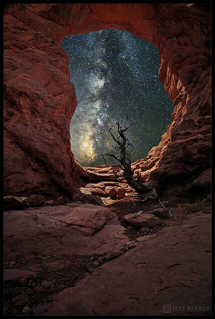 Gateway to the Unknown ⁰Arches National Park, UT⁰Credit: Jeff Berkes https://t.co/Bt8ugkhEBw