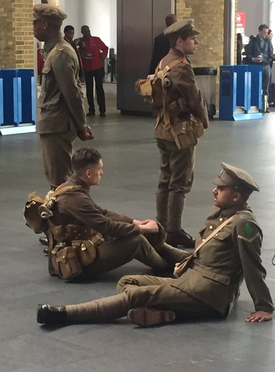 Clever and brilliant this #Somme project - 1400 volunteers at and around main stations across the UK. Moving. https://t.co/2UndO19Pvh