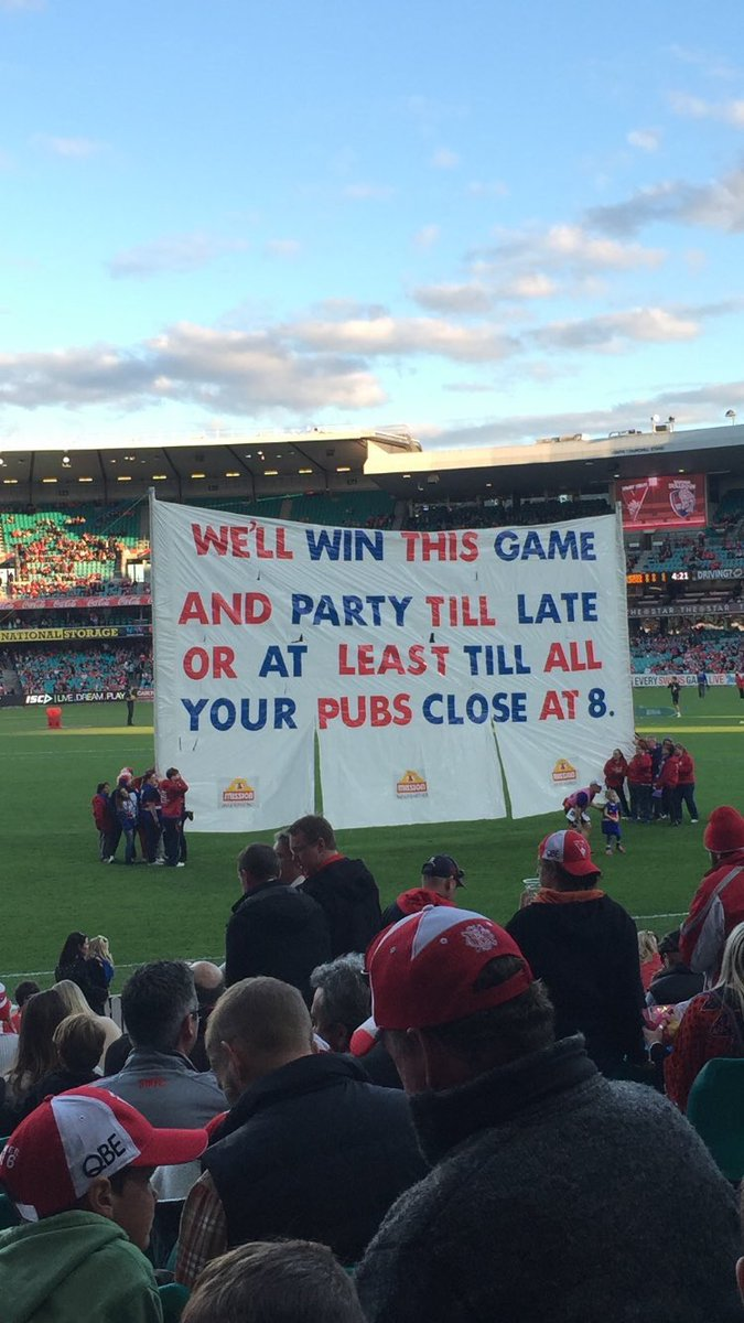 Today's banner! Go Scraggers! #AFLSwansDogs https://t.co/YWVsb0guFk