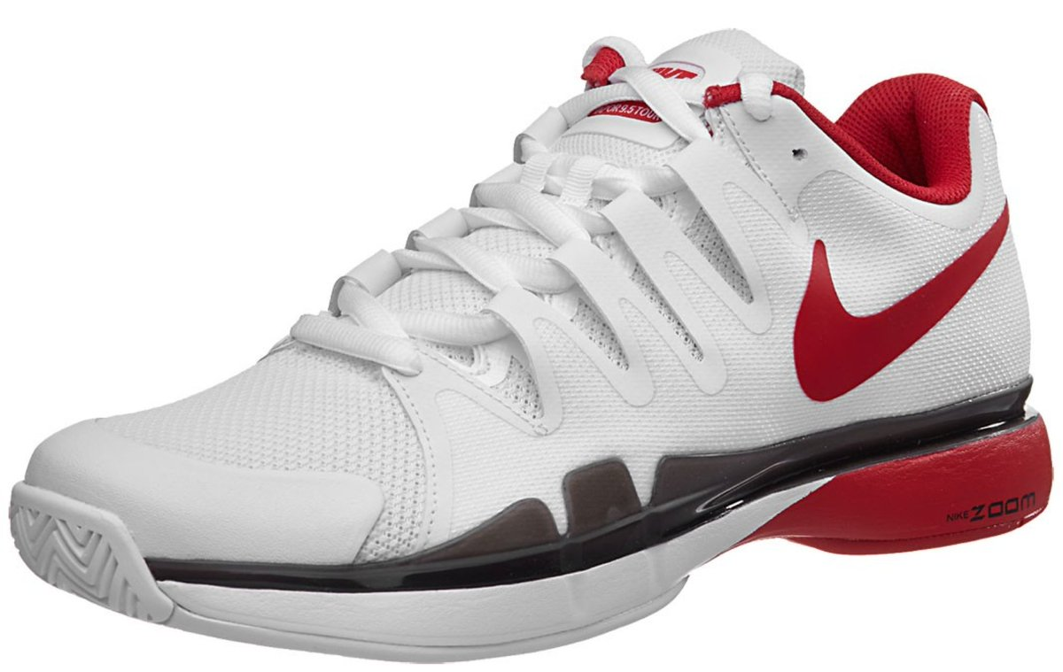 0ded98431fee First look   RogerFederer s  NikeCourt Zoom Vapor 9.5 Tour shoes for the   Rio  Olympics  Rio2016 en  Federerpic.twitter.com tM23lzyDC9