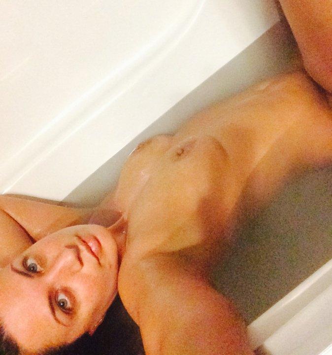 Nude Selfie 6558