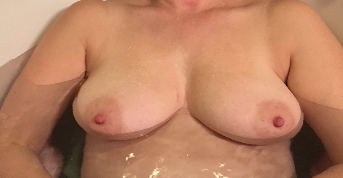 Nude Selfie 6571