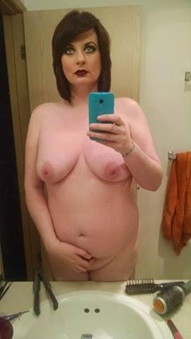 Nude Selfie 6583