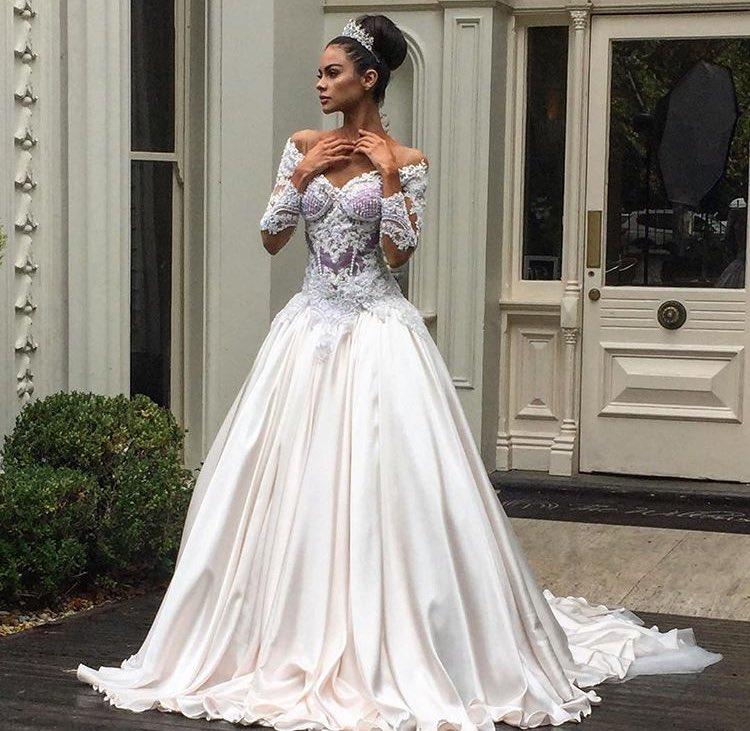 de7f6829a6d  Nektaria wedding dresses are BEAUTIFUL and vegan!!!  pic.twitter.com poxxFeT2FL
