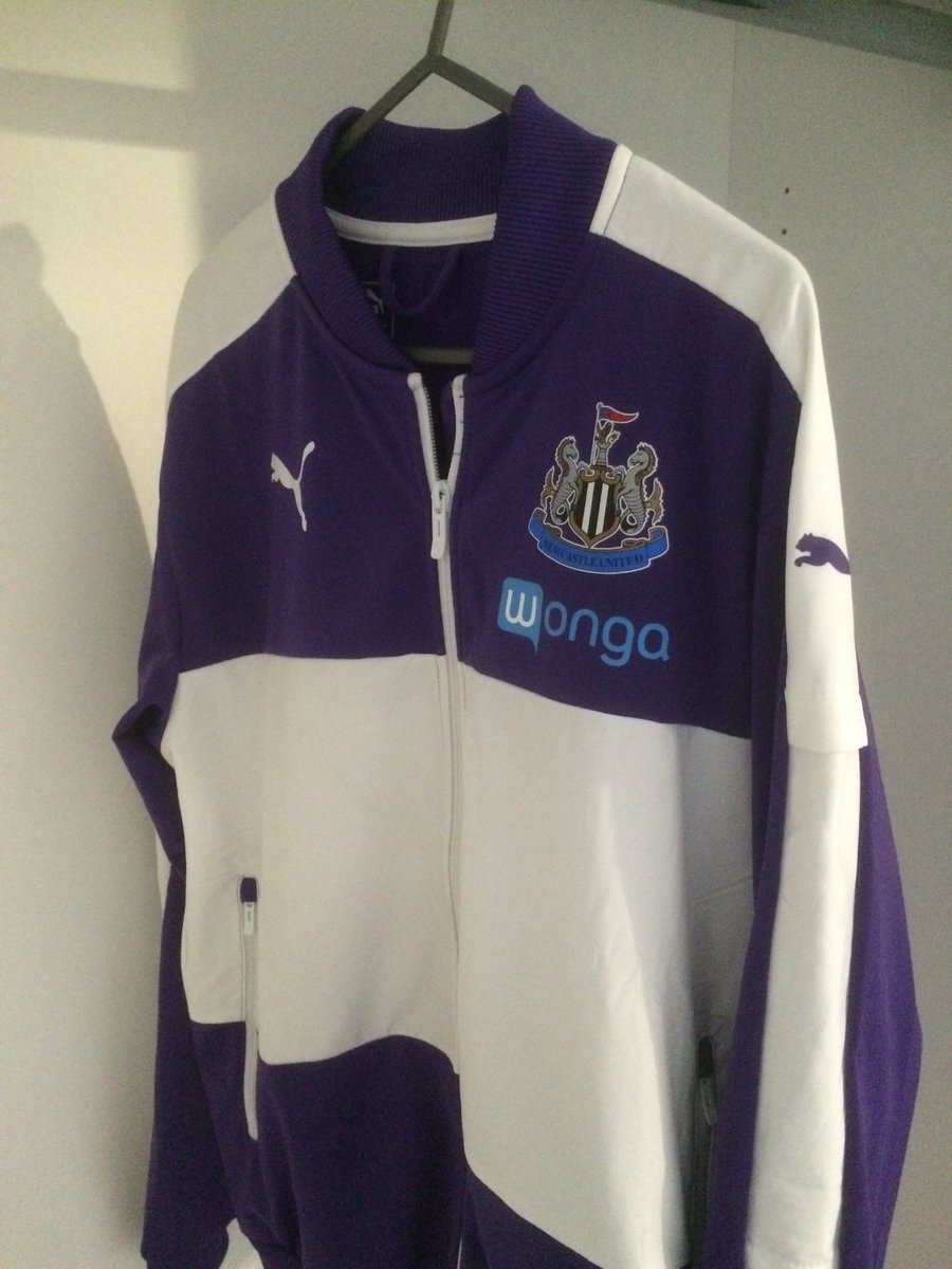I'm a big fan of this new #NUFC tracksuit top. Definitely one of my favourites of the last few years.