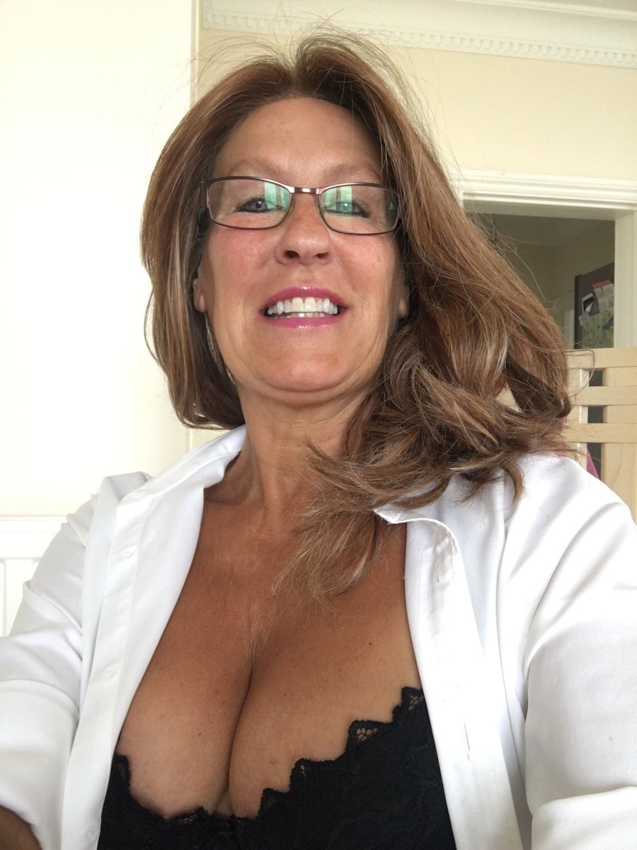 mature masterbating lady