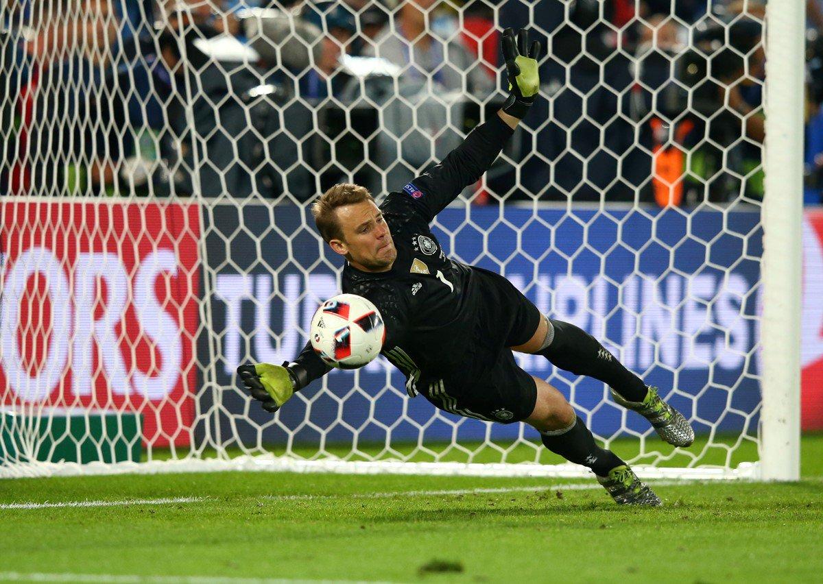 Видео, как футбольная сборная Германии наЕвро-2016 попенальти обыграла Италию
