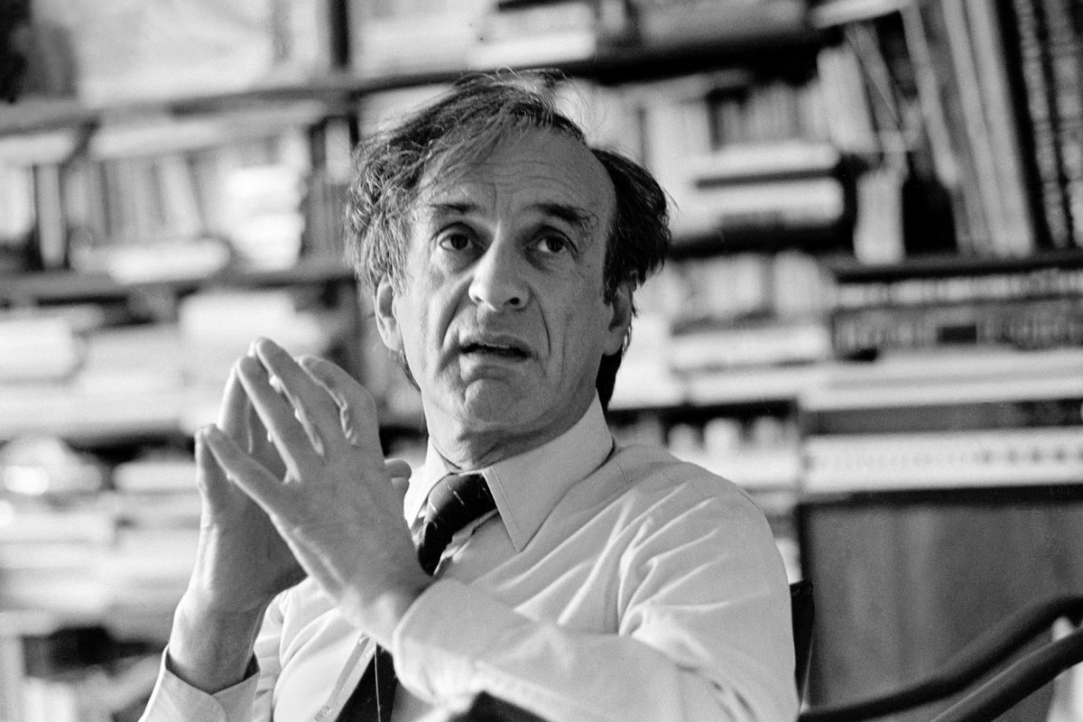 RIP Elie Wiesel, Auschwitz survivor and eloquent witness for atrocities of the Holocaust: https://t.co/7fHketi1bh https://t.co/tx5RBJFzhf
