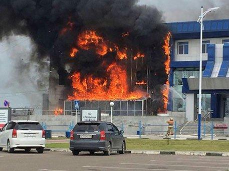 Специалисты назвали причину пожара в аэропорту Благовещенска
