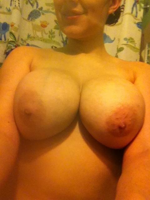 Nude Selfie 6648