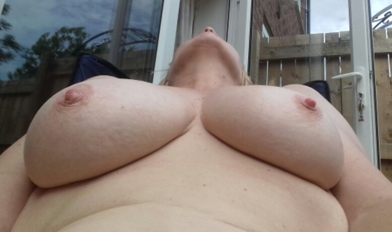 Nude Selfie 6683