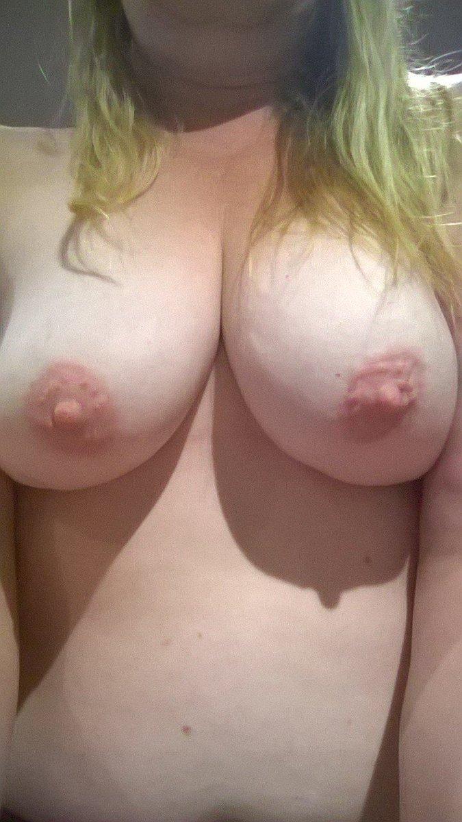 Nude Selfie 6684
