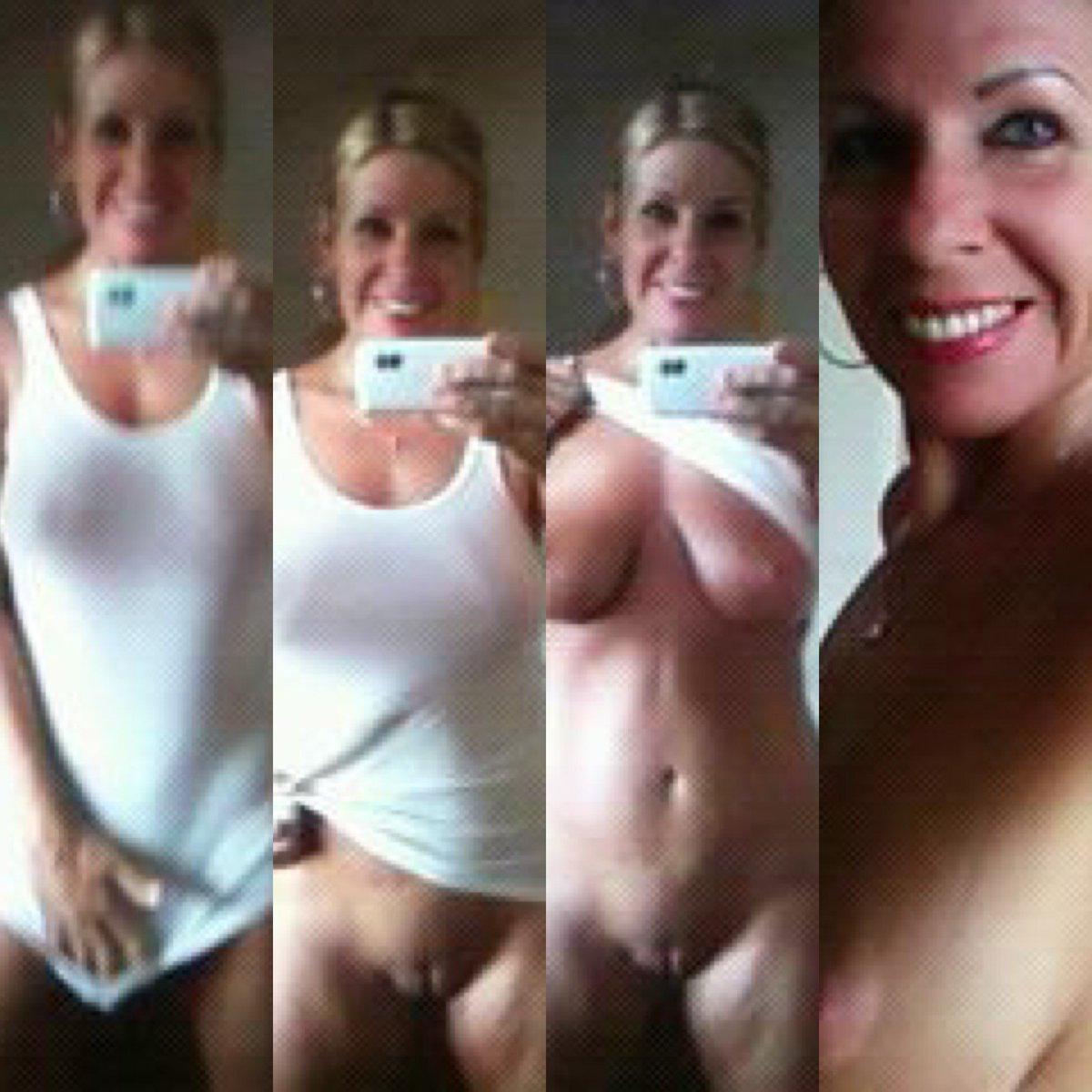 Nude Selfie 6613