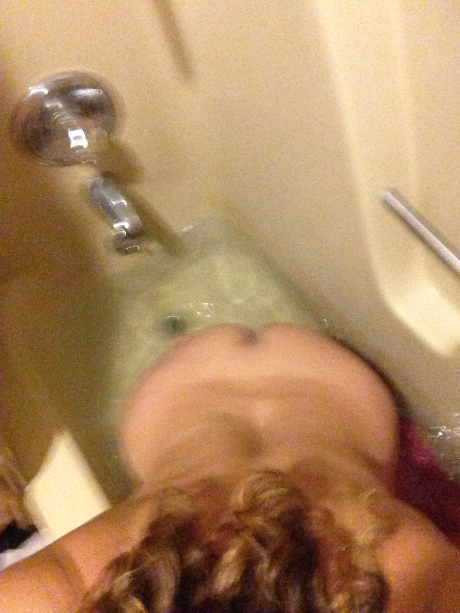 Nude Selfie 6628