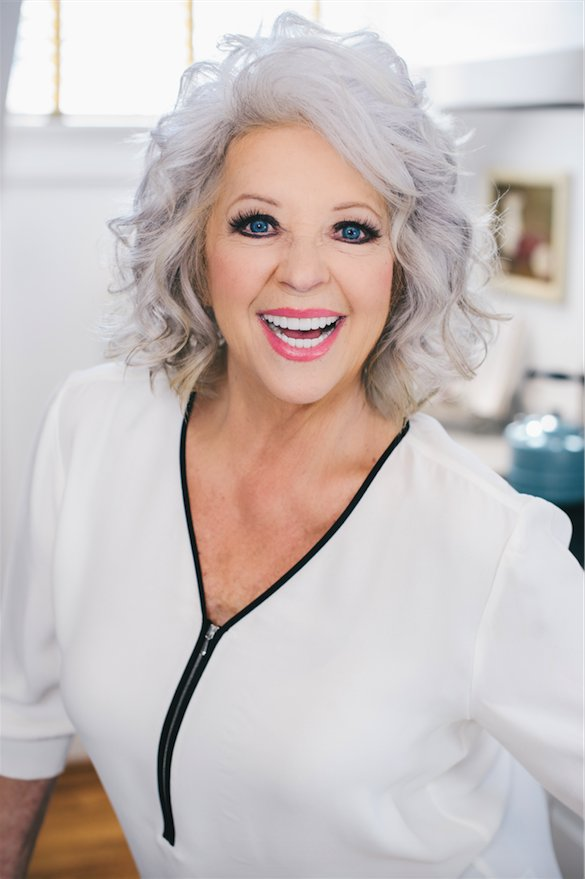 BIG news comin' for Paula Deen Club members! What do y'all think it is? Find out Friday. https://t.co/bP5zRFLAED