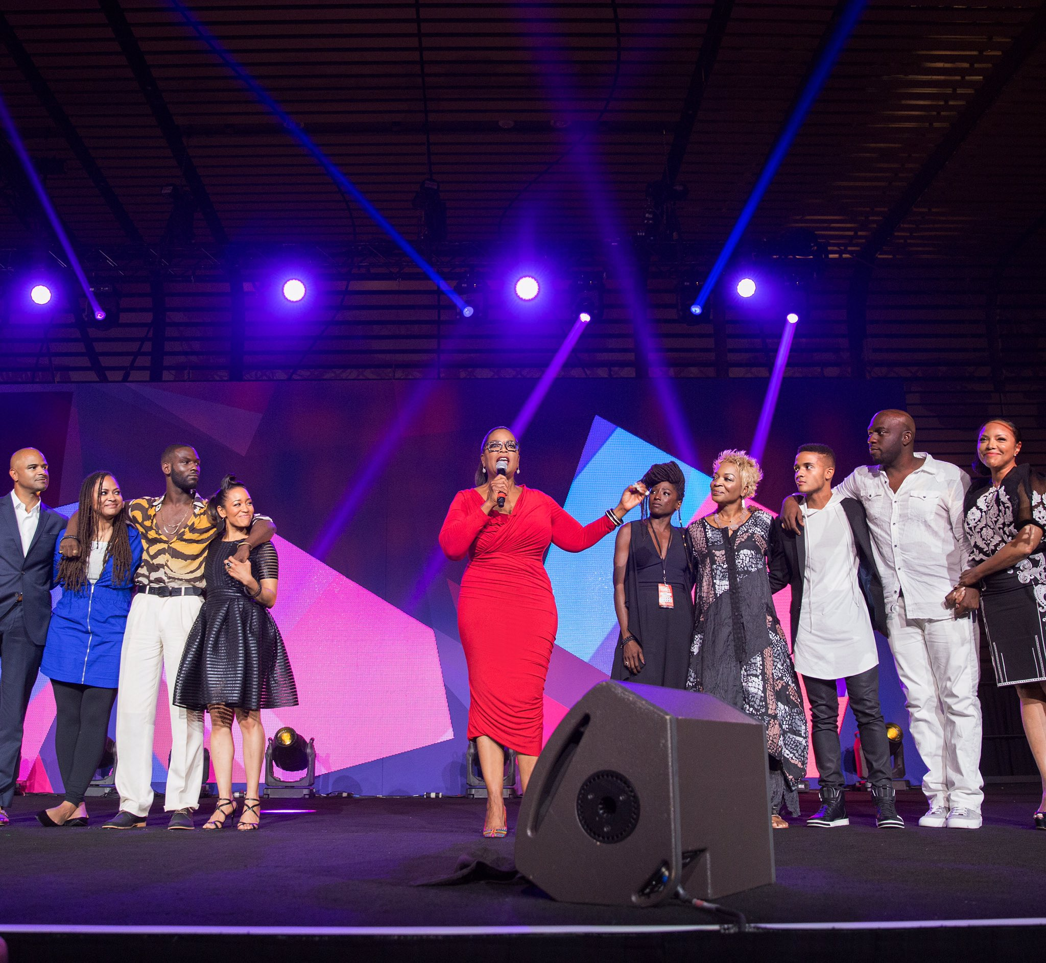 Phenomenal time at my first #EssenceFest. Thanks to all who took time out your day to share it with me. https://t.co/uHOSG3qBqN