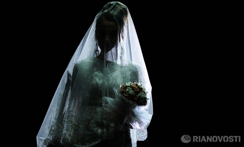 два фото утонувшей невесты в подмосковье крашенные короткие полушубки