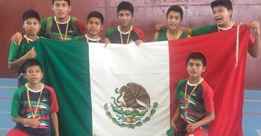 Niños triquis de Oaxaca ganan la Copa Barcelona 2016 de basquetbol #Bravo https://t.co/JtBav6jcEm