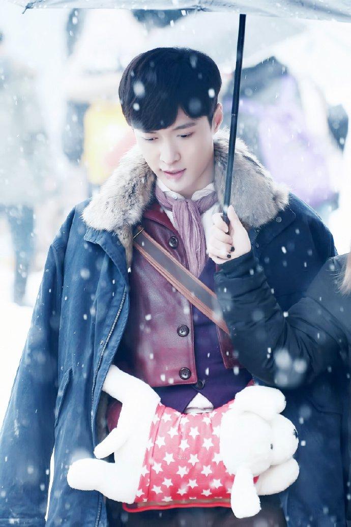 Картинки по запросу Чжан Исин