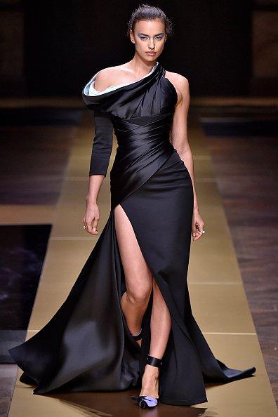 c00e9564184a5 irina shayk stuns on the versace haute couture runway fashion hautecouture  versace