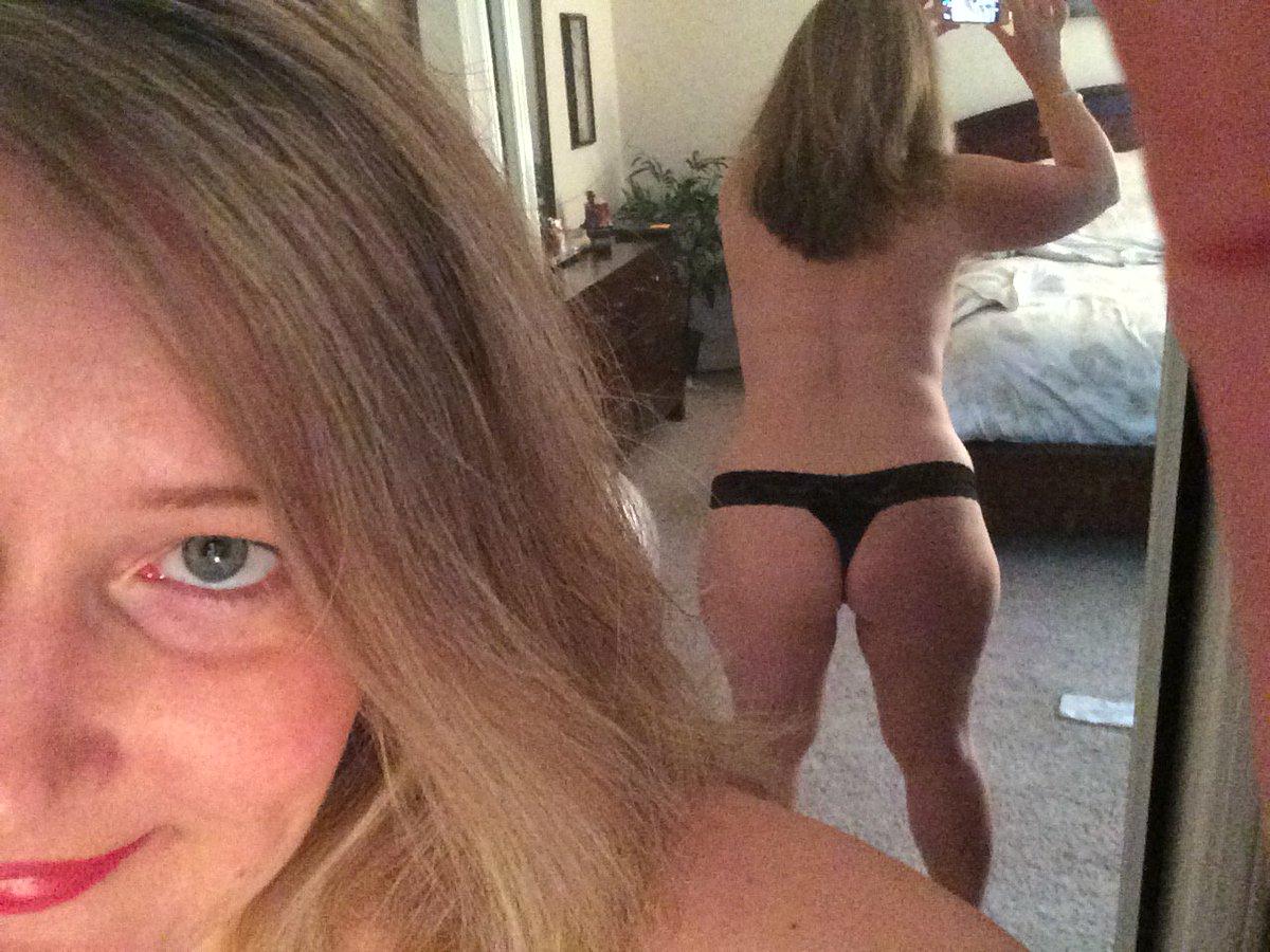 Nude Selfie 6715
