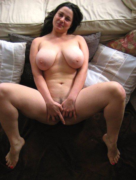 Milf wife with hot body fucks