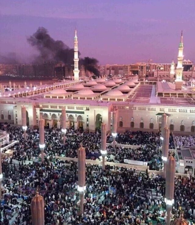 I hope you all realise now that terrorism has no religion. #PrayForMadinah https://t.co/2GB9X6DzcL ~ @polarizeddlhes