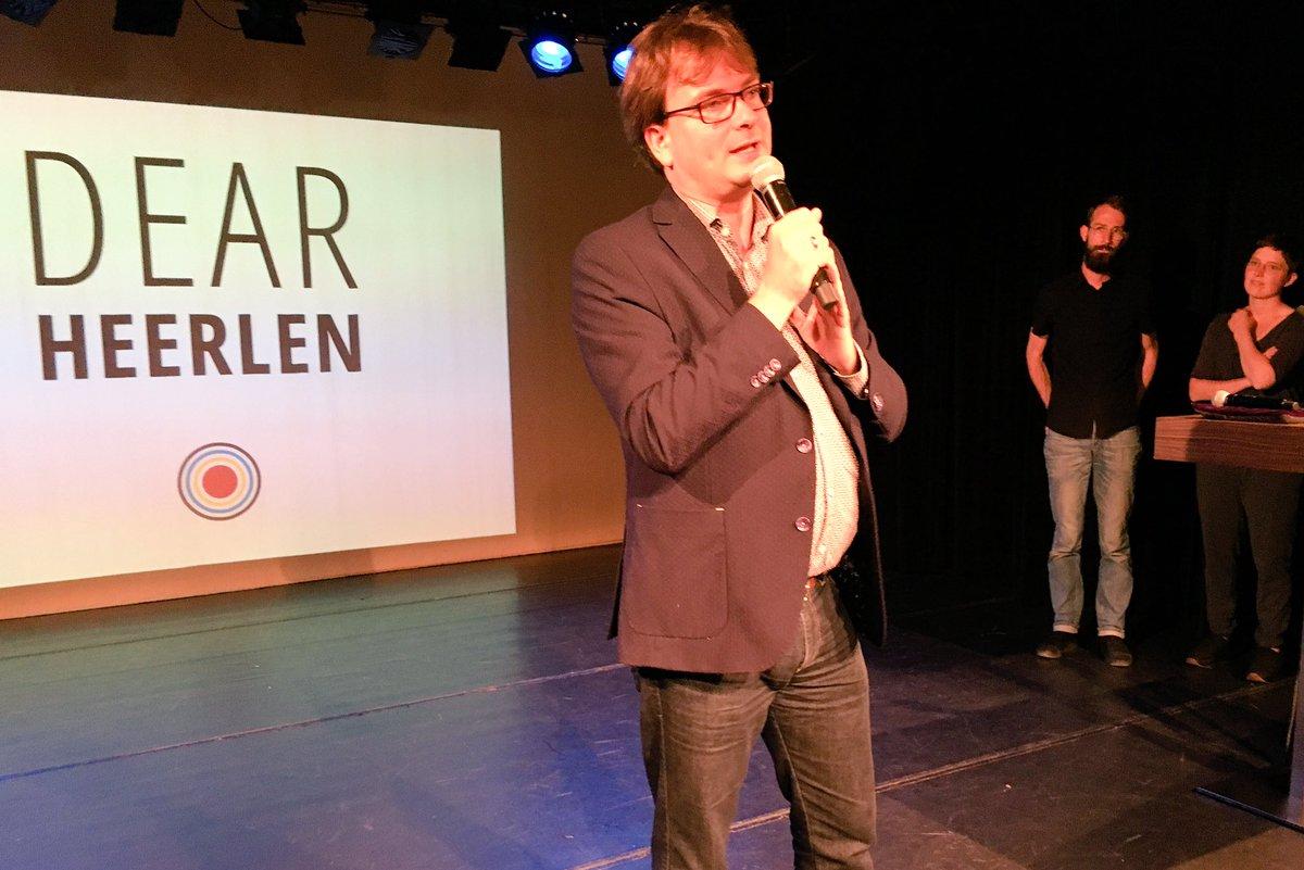 Hij trapt af, @BarryBraeken in #INGzaal,  presentatie Dear Heerlen #dearHeerlen #Heerlen #plttheaters #dearhunters https://t.co/aWt3OmVNHf