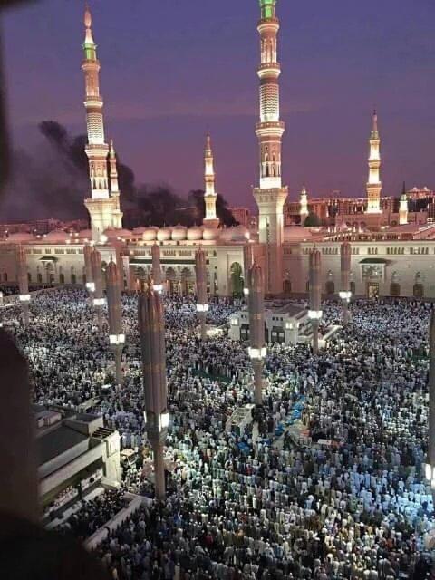 #PrayForMadinah Turut berduka atas terjadinya ledakan bom di dekat Masjid Nabawi Madinah, di hari terakhir Ramadan. https://t.co/tC2oylHnBg