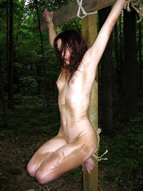 japanerin nackt outdoor bondage