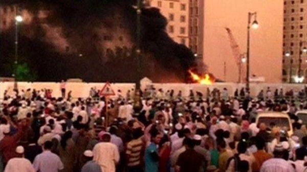 Selain di Madinah, Bom Bunuh Diri Juga Meledak di Qatif dan Jeddah #PrayForMadinah https://t.co/AIPfqkU9yY https://t.co/OuhEVDMcS6