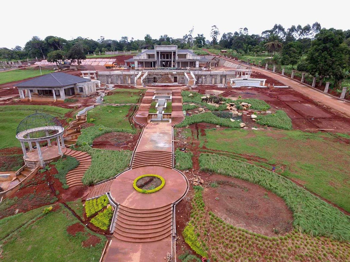 Chouchou mpacko on twitter village vacances bangou for Projet construction