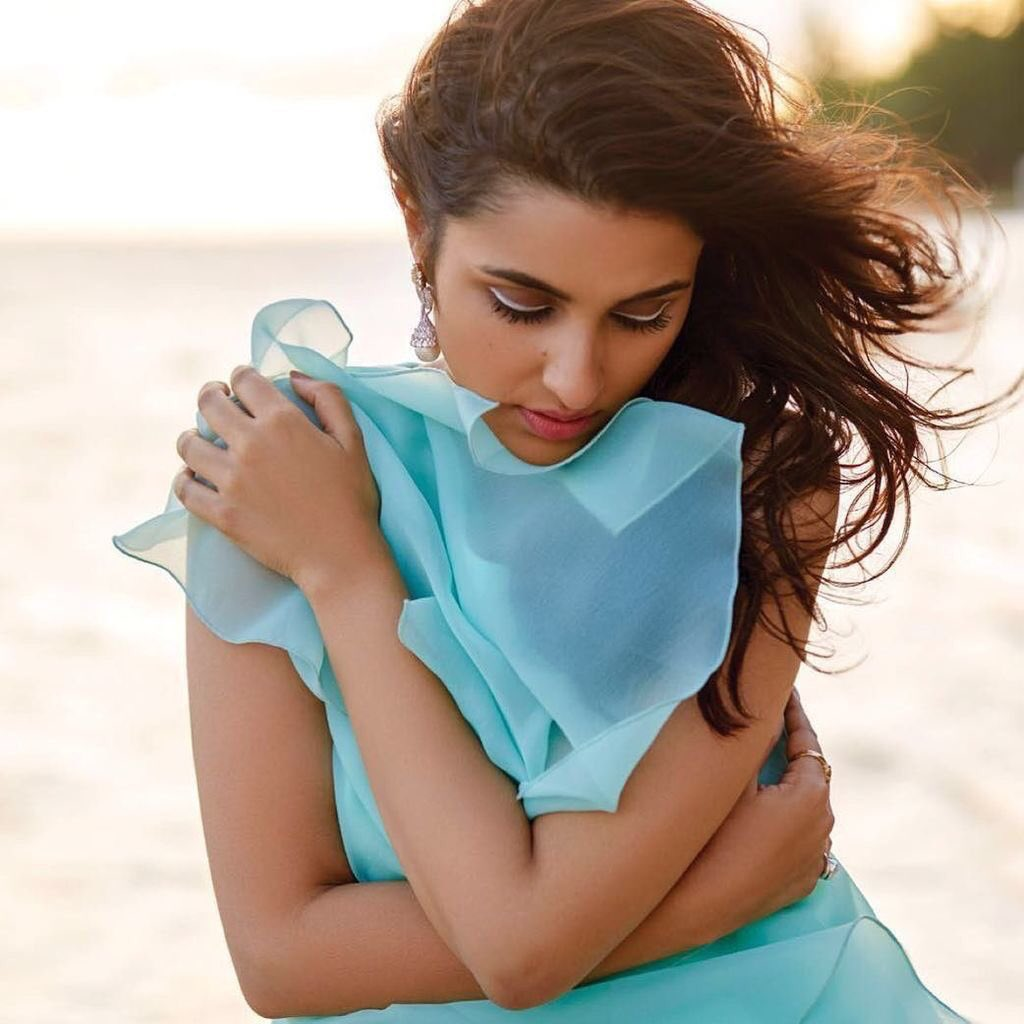 Parineeti Chopra,latest,pics,pictures,hot,sexy,Bollywood,actress,images,pictures,photos