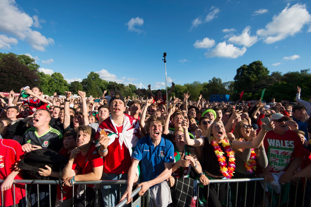 7, 500 more tickets are being made available for the Fanzone from 10am tomorrow – visit https://t.co/rhVoEIfchs https://t.co/QtVDzyie7e