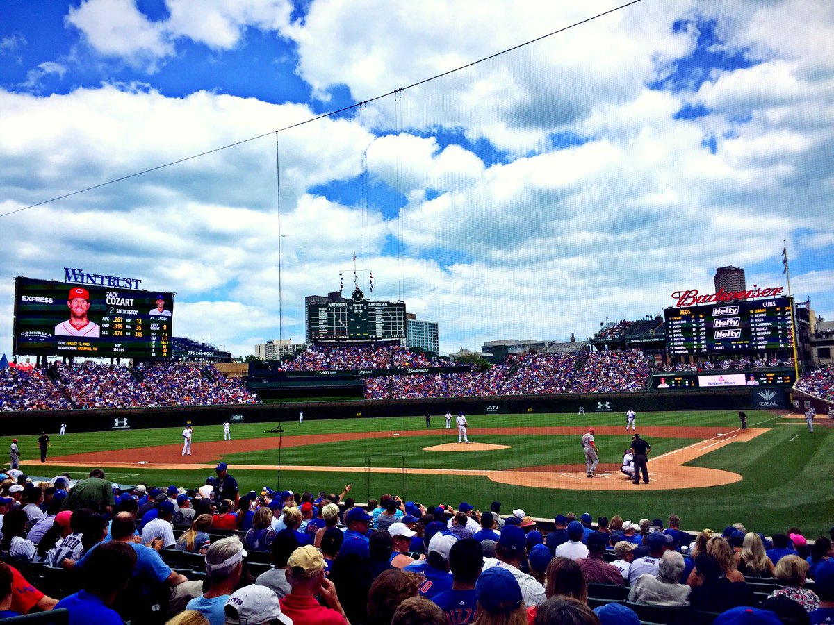 Absolute gorgeous #Chicago afternoon for @Cubs baseball.