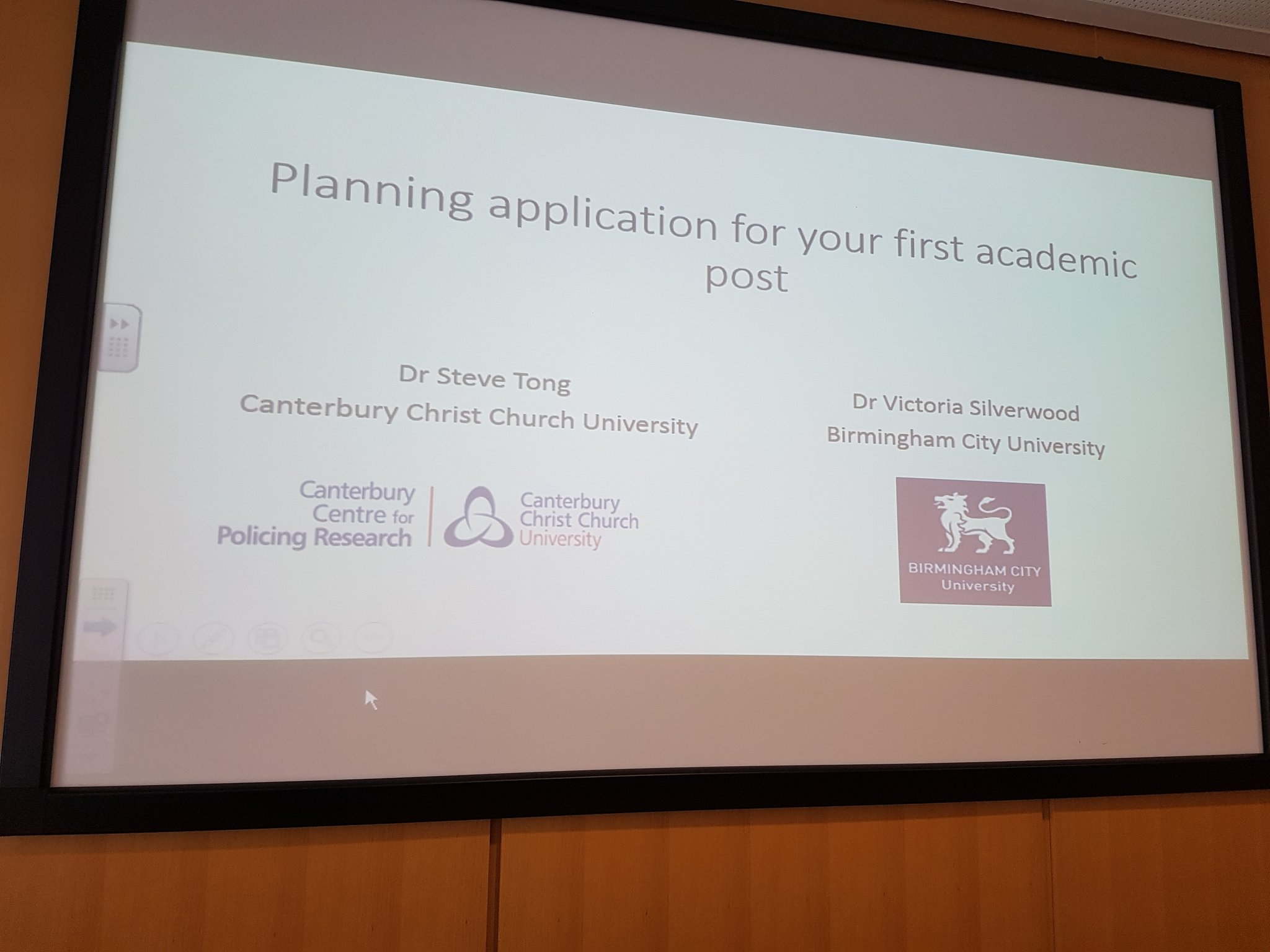 #BSCConf16  Ready for @BSCPG1 session on applying for 1st academic post with @SteveTongCCCU @SilverwoodVS Kilpin L2. https://t.co/m48pwmDaJp