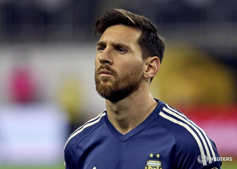 BREAKING: Spanish court hands out 21-month prison sentence to Barcelona soccer star Lionel Messi for 3 tax crimes https://t.co/8vEVqhX9k1