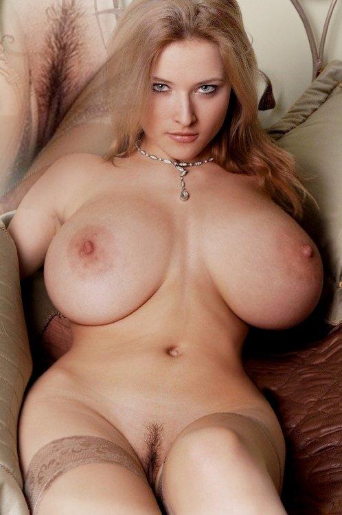 большие пышные сиськи порно фото