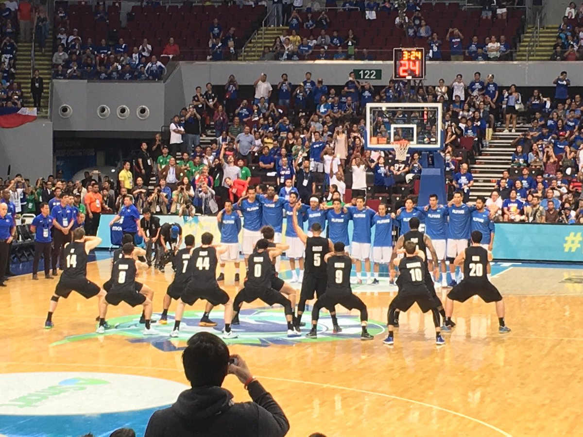 The New Zealand HAKA! And Gilas responds with the staredown!