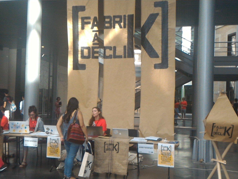 C'est réparti pour un tour !!! La FabriK à DécliK ouvre ses portes pour la 1ère fois à #Lyon ! #FdK2016 cc @FDKLyon https://t.co/AKDV2OPe6v