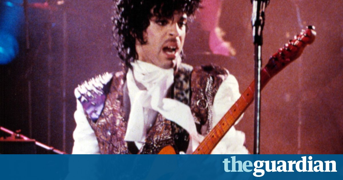 Prince's Purple Rain shirt fetches almost $100,000 at California auction https://t.co/oLSZm494qW https://t.co/F31pRmW6aR