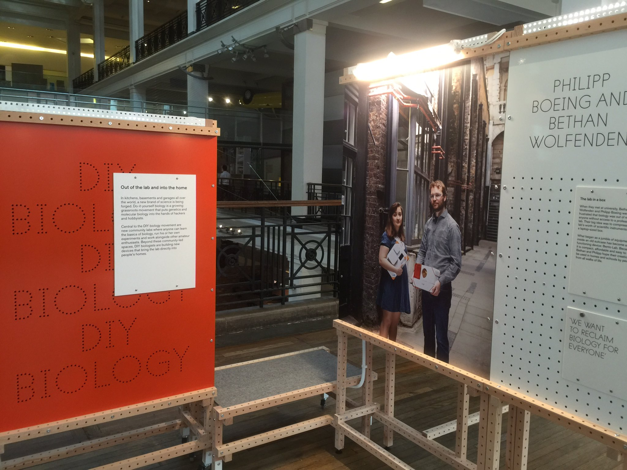 ".@sciencemuseum for @sparks_eu ""beyond the lab"" exhibition opening with @theBentoLab https://t.co/NI0atgvgnu"