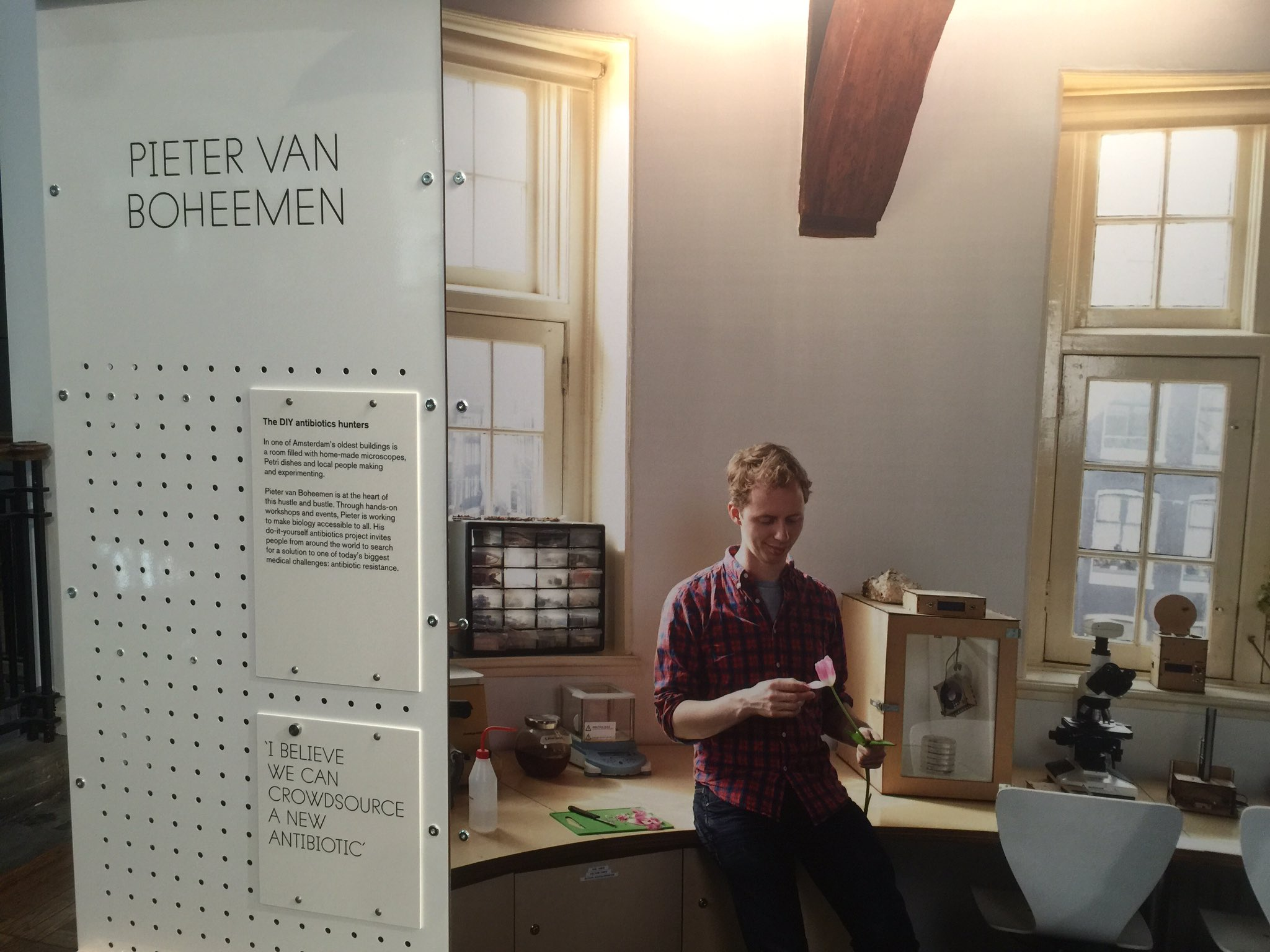 ".@pietervboheemen IS ""the DIY antibiotics hunter"" at @sparks_eu @sciencemuseum ""beyond the lab"" @waag https://t.co/94cjzBcZi2"