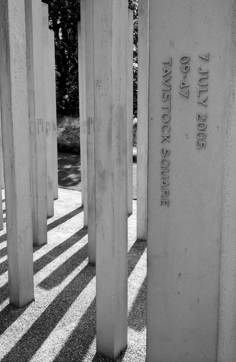 Remembering those whose lives were taken exactly 11 years ago, their families, friends and carers. #londonbombings https://t.co/v8FSWhedIG